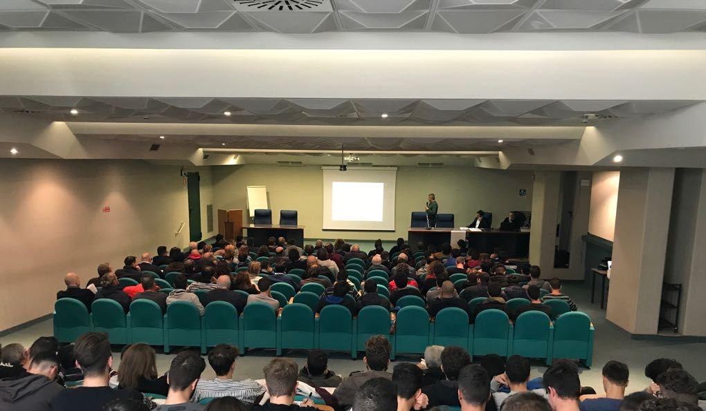 Partecipanti presso l'Auditorium Comunale di San Benedetto del Tronto